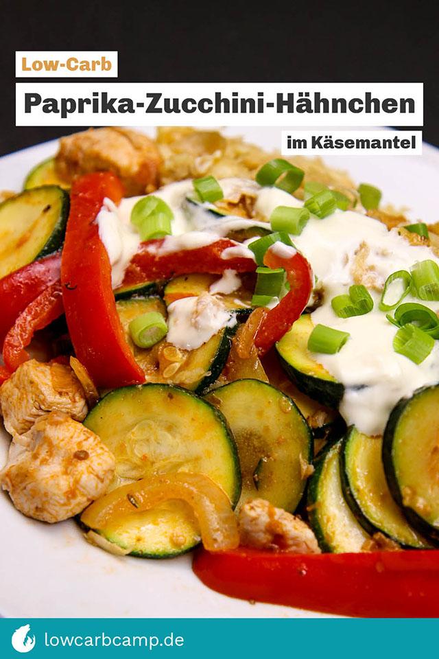 Paprika-Zucchini-Hähnchen im Käsemantel